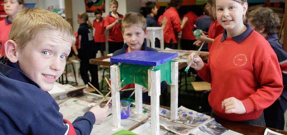 Urquhart school kids paint seat